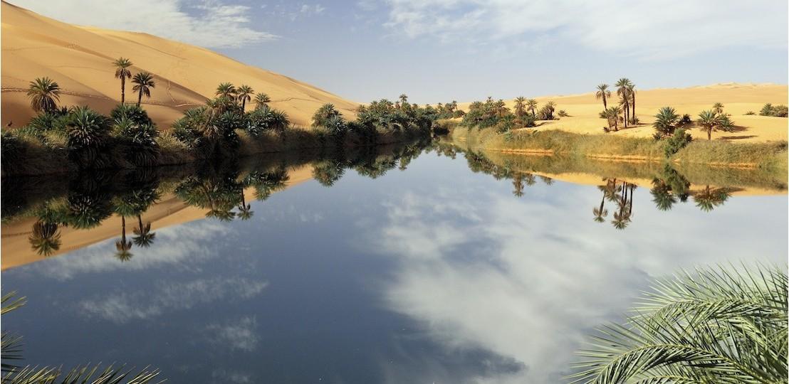 Dieu change les mirages en vrai lac
