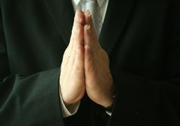 La prière précise
