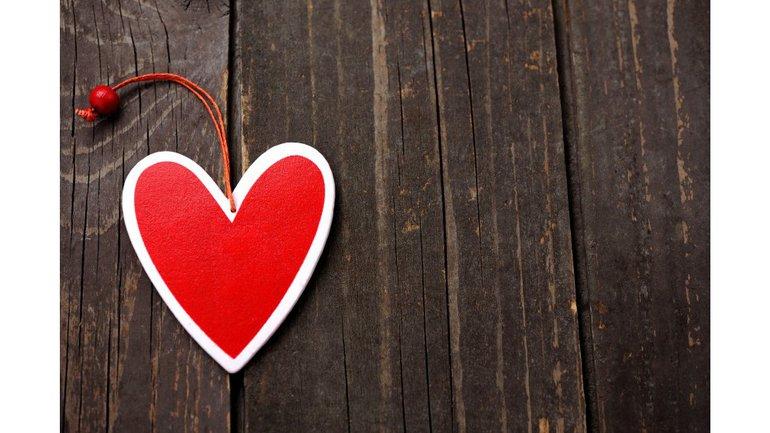 Nous aimons parce que Dieu nous aime