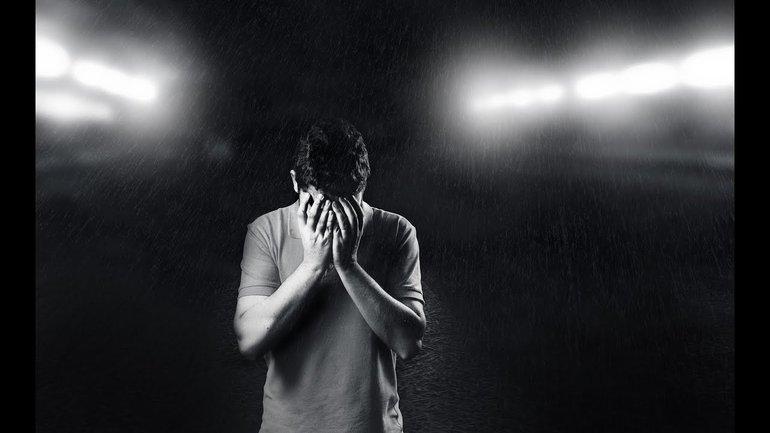 Dieu comprend ta tristesse