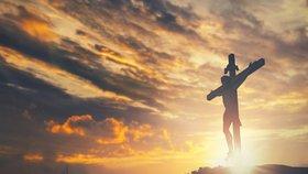 À Golgotha une croix dressée
