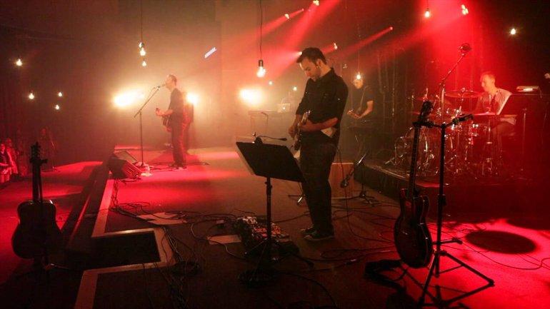 Laissons entrer - Dan Luiten - Live Eglise Nouvelle Vie 2012