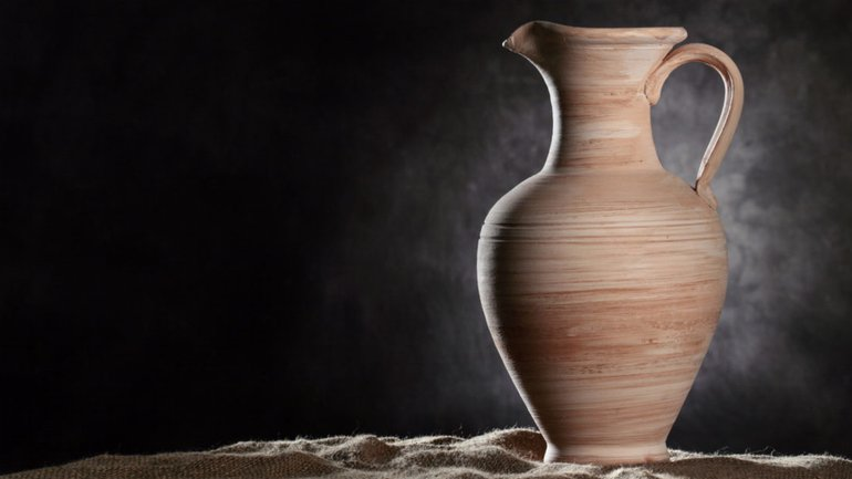 Des pierres qui servent de vases