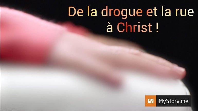 """L'histoire d'Alexandra Da Silva : """"De la drogue et la rue à Christ !"""""""
