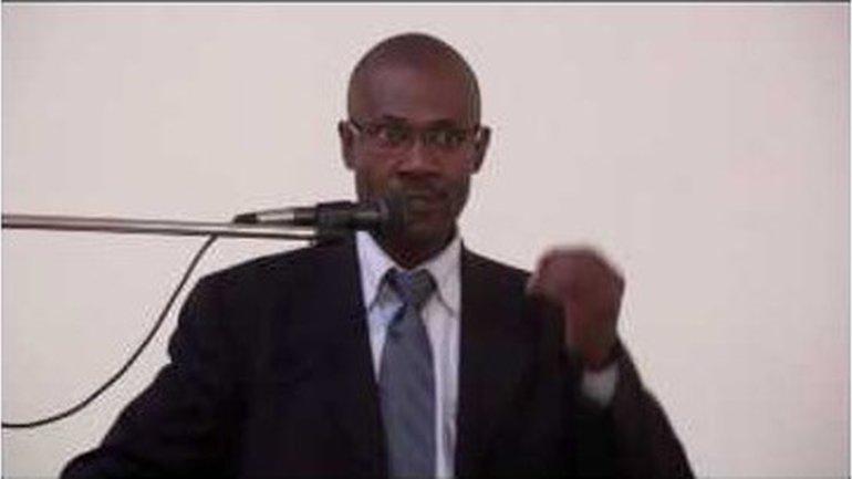 Lucien Ngaba - Dieu face à la prière d'Habakuk (2)