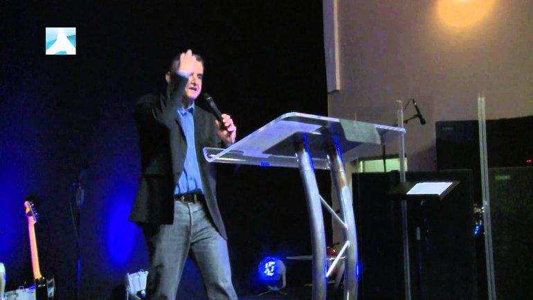 Didier Biava : L'unité de l'Eglise est supérieure à l'unité nationale.