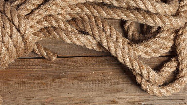 La corde à trois fils ne rompt pas facilement