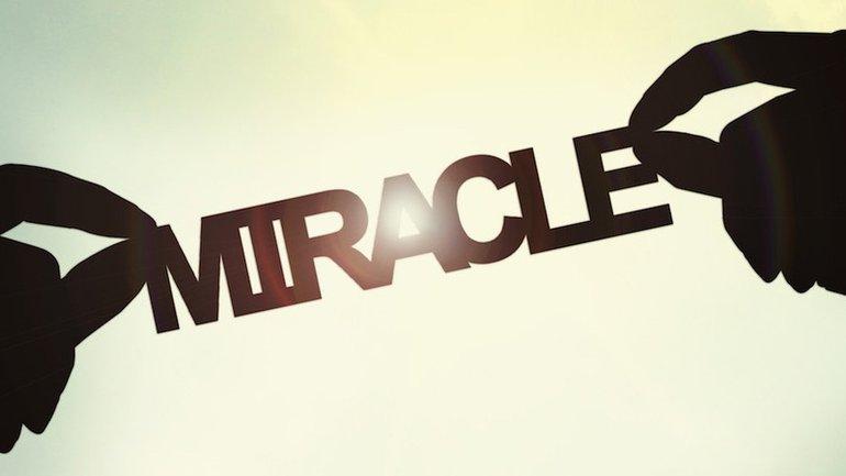 L'homme qui fait des miracles