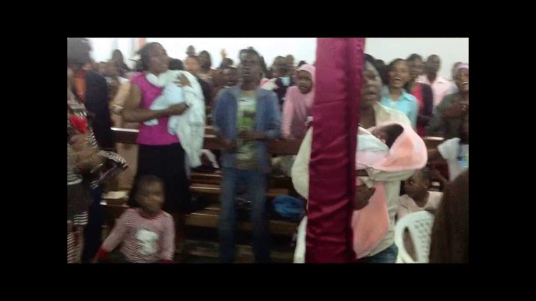 Louange des Adorateurs Oints, église NARM Cameroun