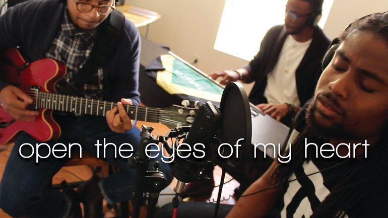 Ouvre les yeux de mon coeur - Anglais Open the eyes of my heart - Paul Baloche - Live Studio Middle Room