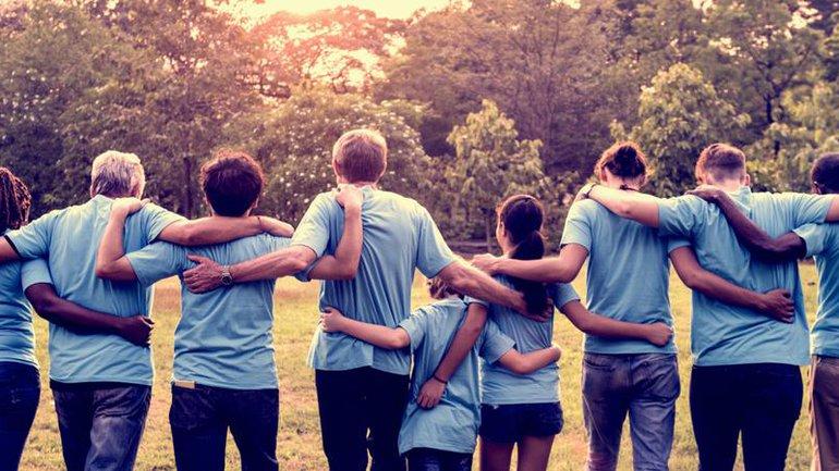 Soyez bons les uns envers les autres