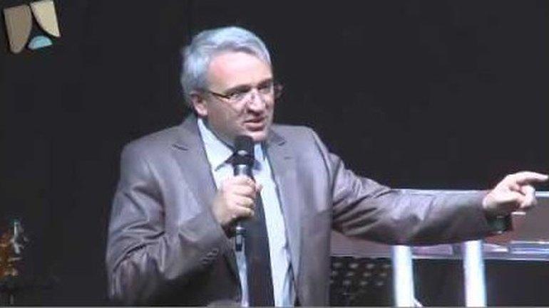 Franck Lefillatre: Dieu a écrit une histoire pour toi