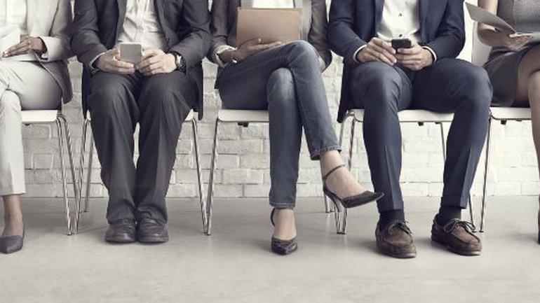 Êtes-vous à la recherche d'un emploi ? Ou boulot ?