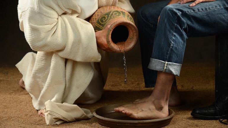 Jésus lave les pieds de ses disciples