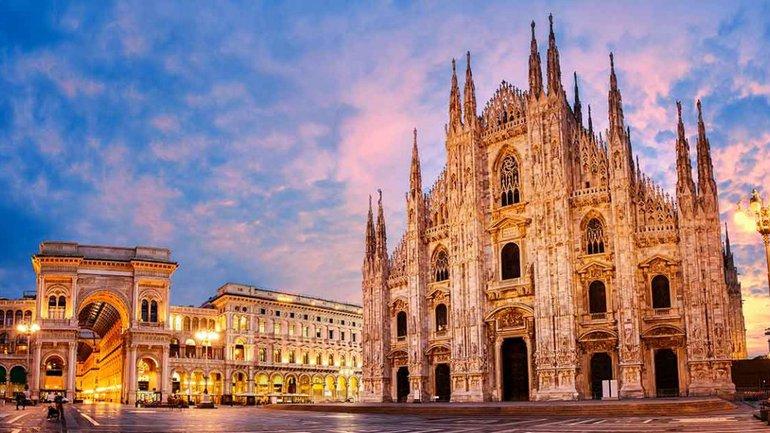 Pâques : Andrea Bocelli fait résonner des chants chrétiens dans la cathédrale de Milan