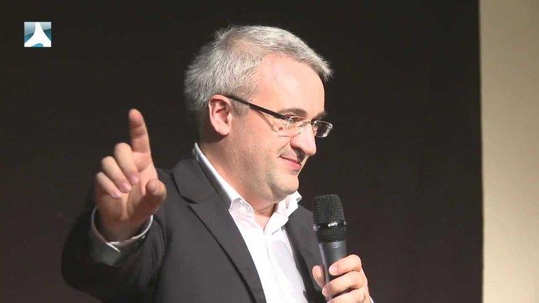 Franck Lefillatre : Le réveil n'est pas un feu de camp