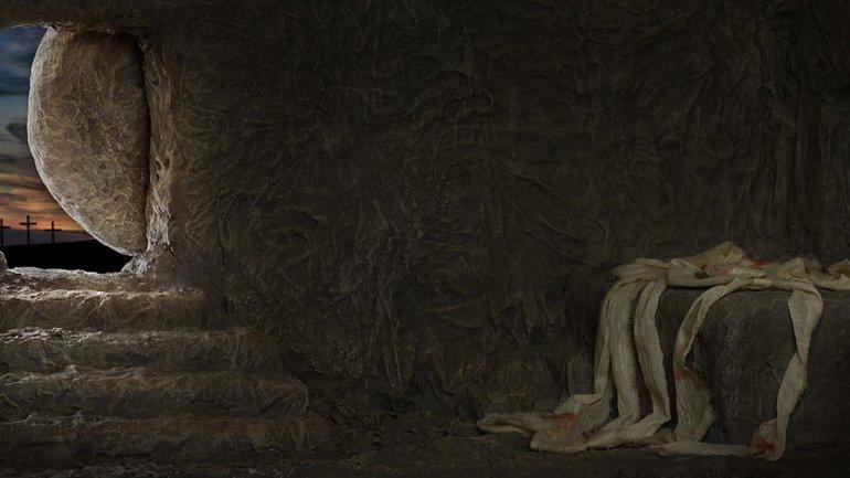 Christ est mort, bien plus il est ressuscité !