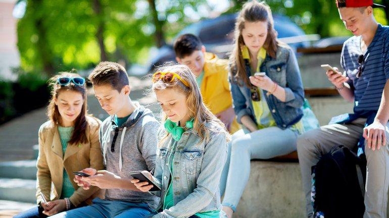 Attention à la pieuvre des réseaux sociaux