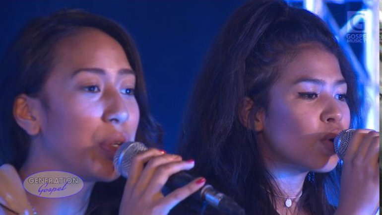 Eliandry & Anaya - Tu Es digne de Louange