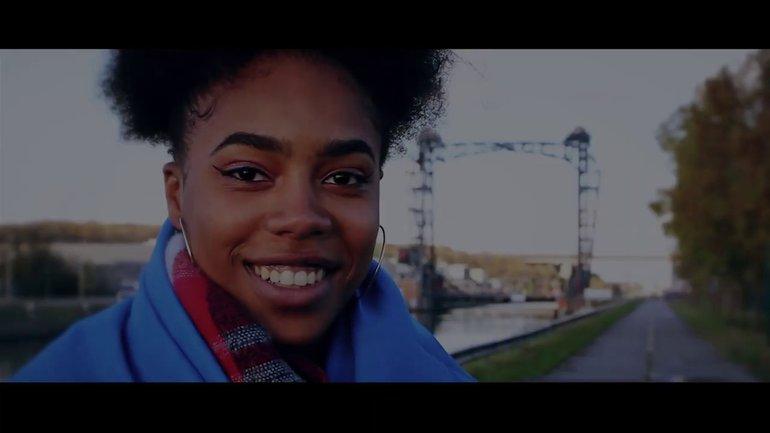 Légendaire Emjy - Gloire à Son nom (clip officiel)