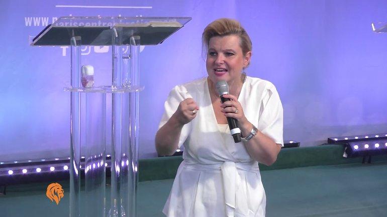 Dorothée Rajiah - Comment maintenir le feu de Dieu dans ta vie (Part I)