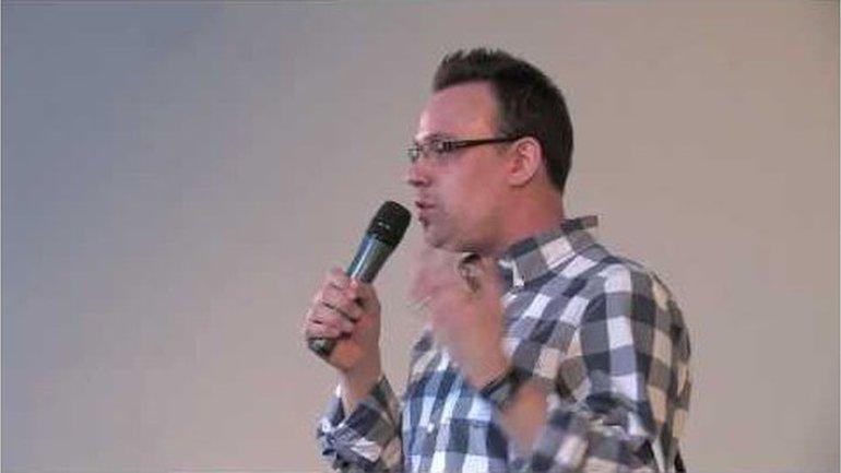Interview Pierre Nicolas de Katow // JTM Formation Louange 2011 // DIJON
