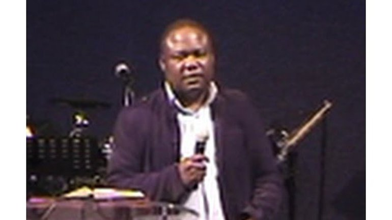 Ulrick Mavoungou - Reviens, Dieu ton Père t'attend