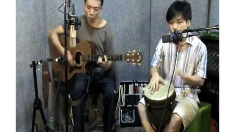 Ouvre les yeux de mon coeur - Anglais Open the eyes of my heart - Paul Baloche - Live Djembe Guitare