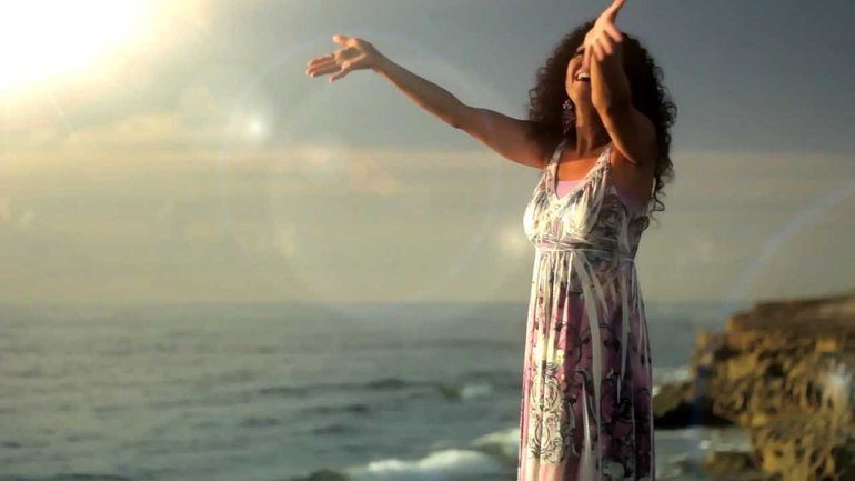 Melanie Carroll - Hallelujah