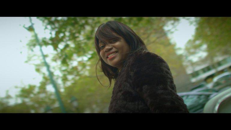 Chantal KIO  - Près de toi je vis