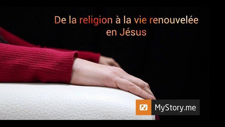 """L'histoire de Carine A. : """"Des religions à la vie renouvelée en Jésus"""""""